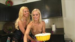 The Lesbian Cooking Show 2 Scene 4