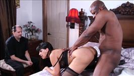 Interracial Cougar Cuckold 3