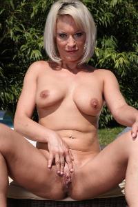 Vanessa More